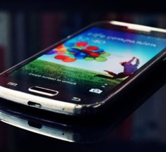 Mobile Trends from 300,000,000 Seconds of Customer Engagement